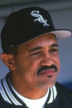 Tony_Pena_Sr._(1997_White_Sox)_3